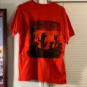 Hand-painted red men's Large t-shirt